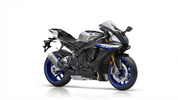 2018-Yamaha-YZF-R1M-EU-Silver-Blu-Carbon-Studio-001.jpg